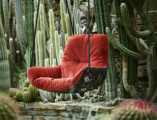 Freifrau Leya Swing Seat - Oasis Edition