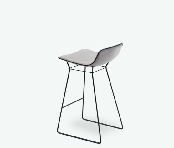 Freifrau Amelie Counter Stool Low Drahtgestell Stoff